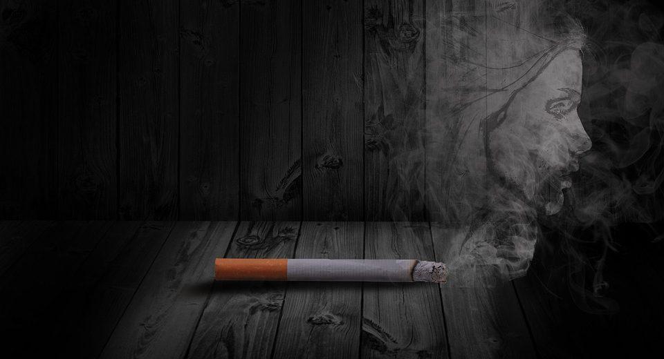 Fumo in spiaggia addio: la proposta del Codacons al Ministero della Salute