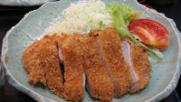 Tonkatsu: un piatto prelibato giapponese a base di carne