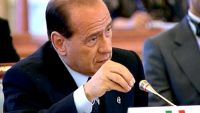 Berlusconi rientra in campo: leader FI gioca le sue ultime carte