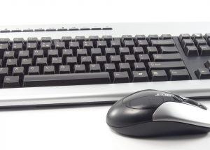 Pulire tastiera computer: è importante ed evita presenza batteri