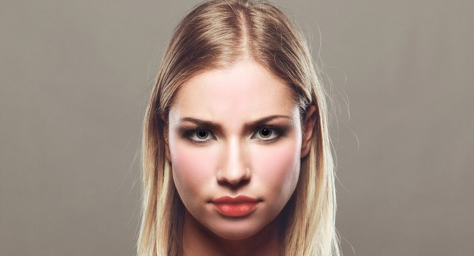 Umore e colore del volto: è possibile ed esiste l'associazione