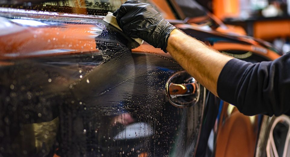 5 suggerimenti per pulire la tua auto usata