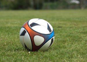 Champions Scholes e Hargreaves: Il portiere polacco è' il punto debole della Juventus