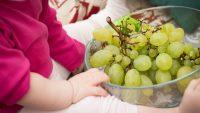 Bambini e cibo: come farli appassionare ai cibi giusti