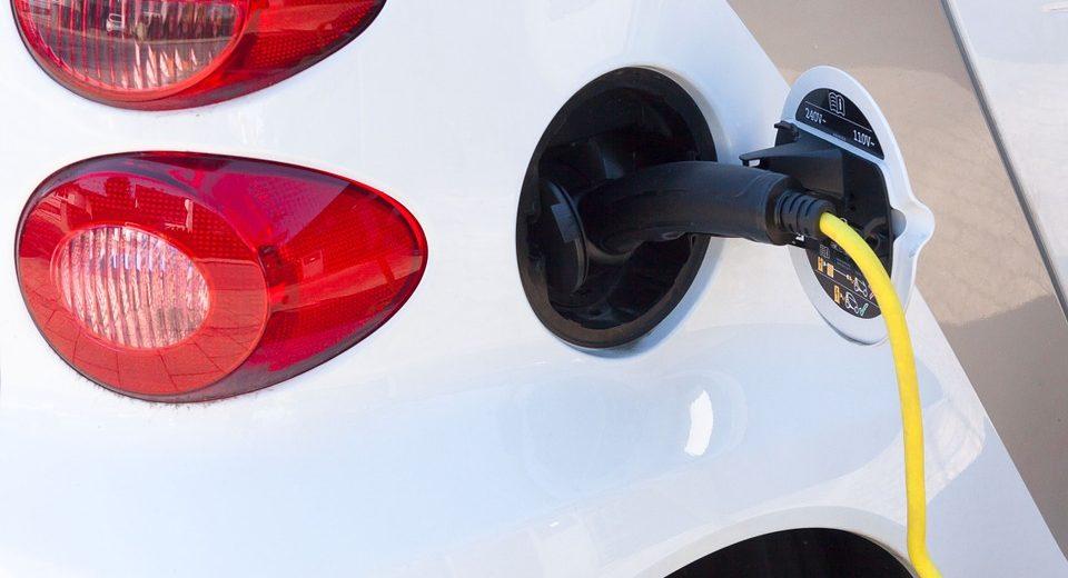 Auto a carburante alternativo
